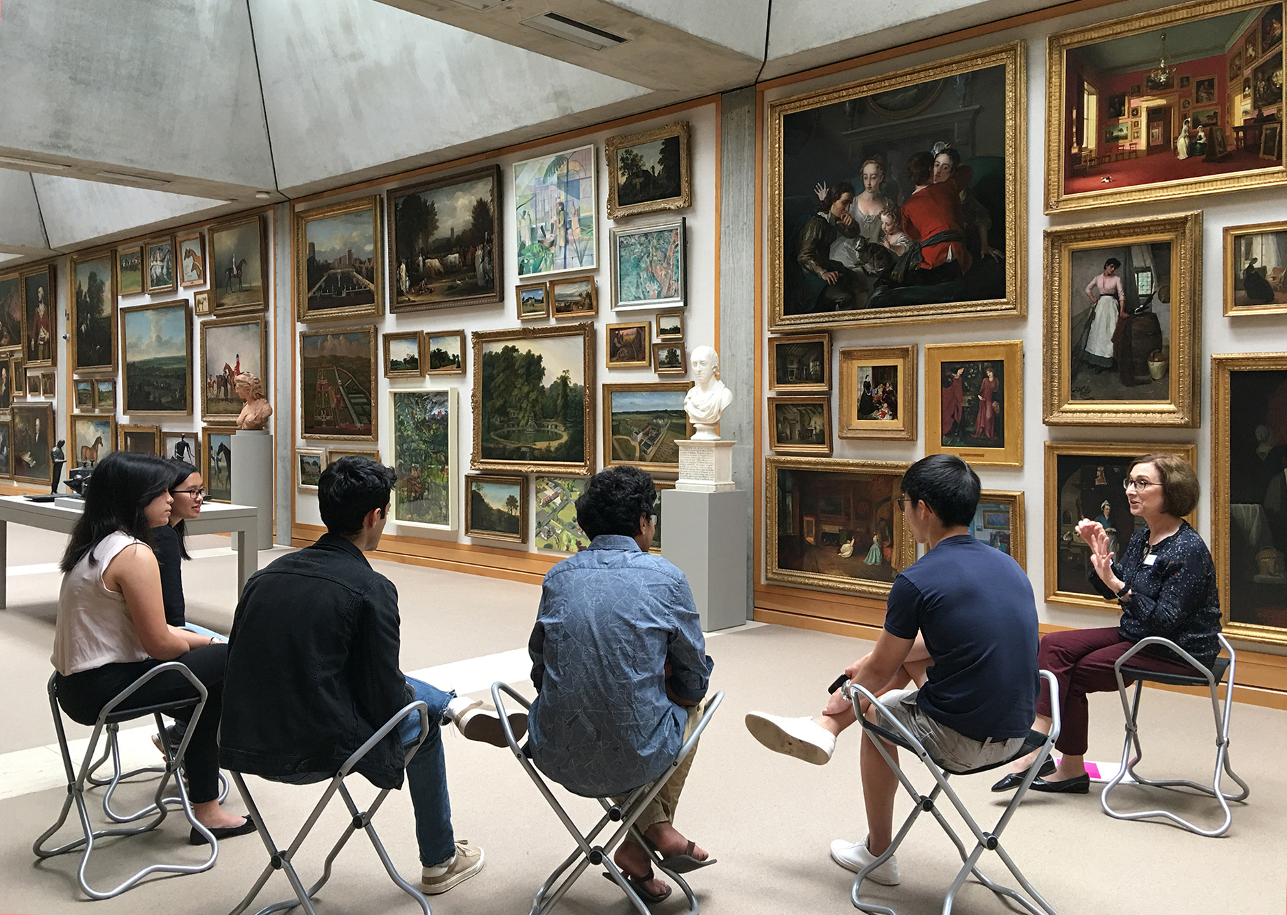 Docent-led program in the Long Gallery, Yale Center for British Art, photo by Harold Shapiro
