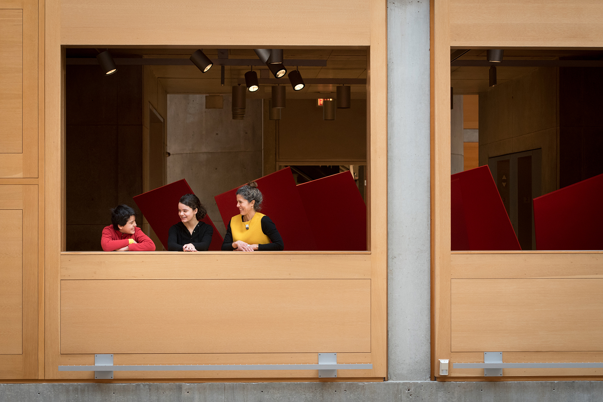 Visitors overlooking the Entrance Court, Yale Center for British Art, photo by Stephanie Anestis