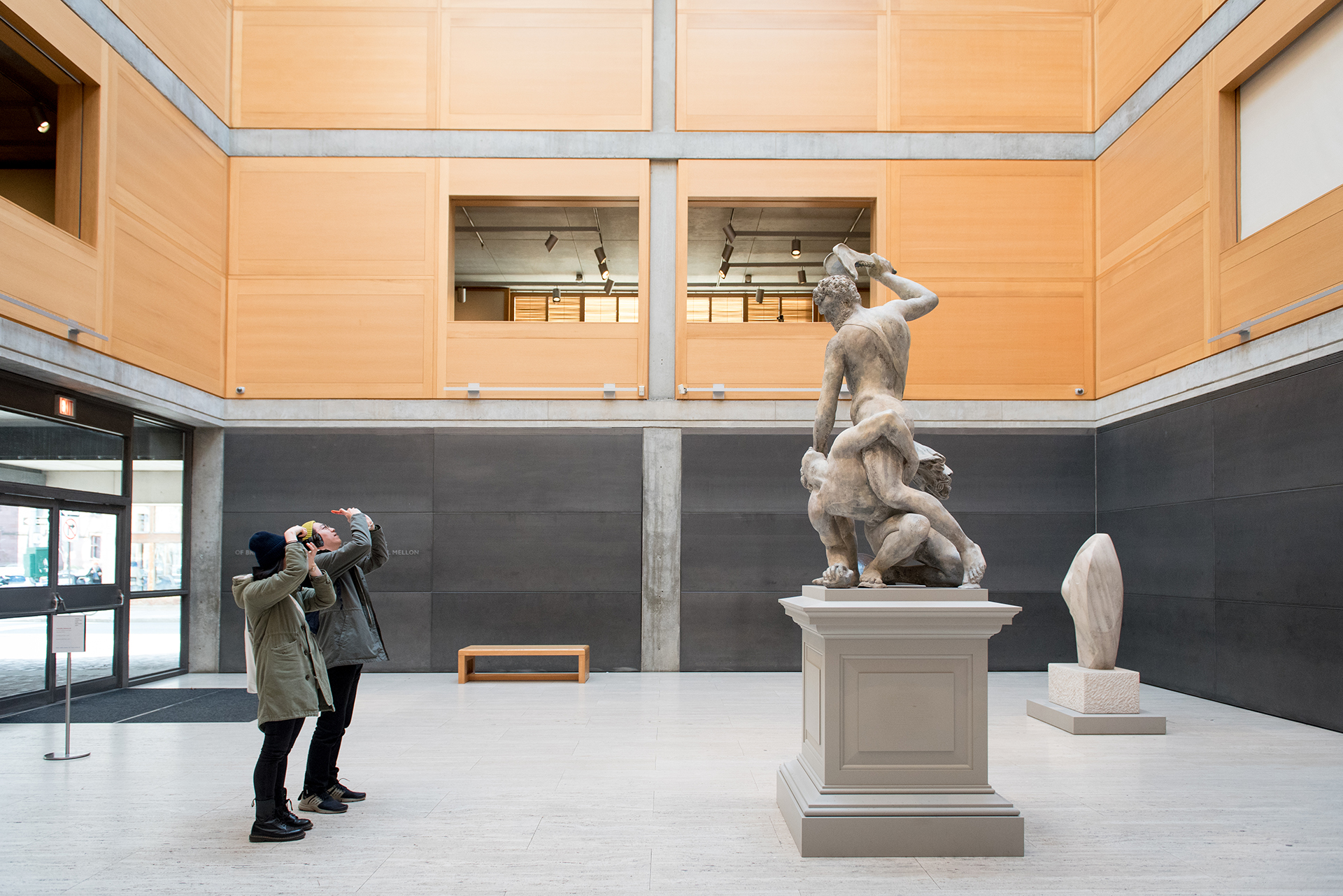 Visitors in the Entrance Court, Yale Center for British Art, photo by Stephanie Anestis
