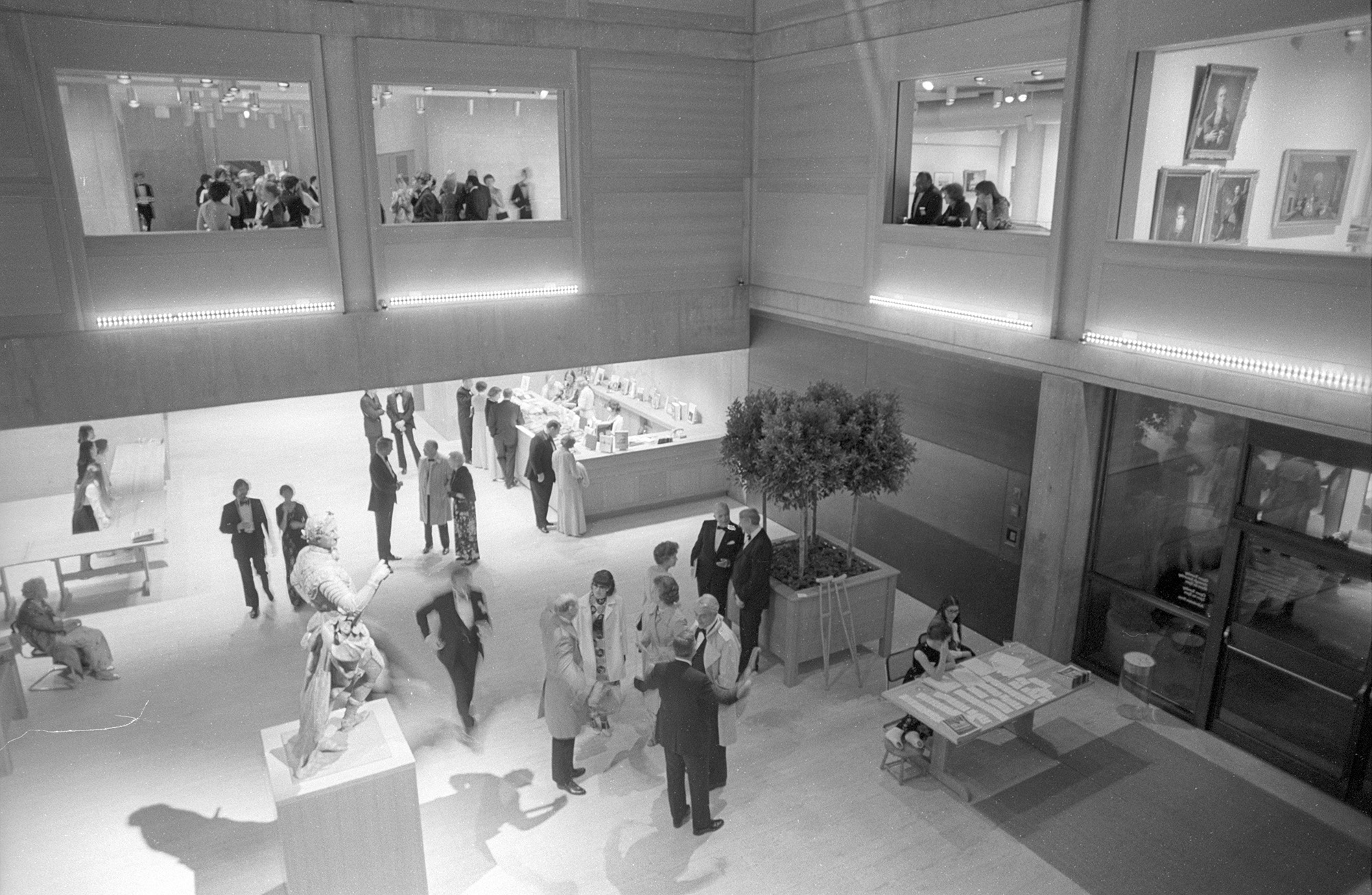 View of the Entrance Court, Yale Center for British Art, opening banquet and reception, April 1977, photo by William B. Carter, Yale Department of Public Information Courtesy of Institutional Archives, Yale Center for British Art